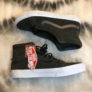 3eee27a63a Vans Shoes - NWT Green SK8-HI Slim Vans